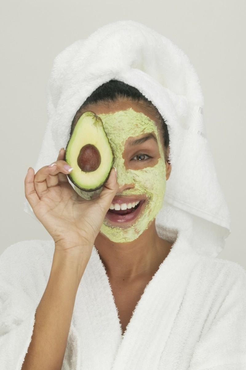 Gesichtsmasken selber machen Avocado Honig Gesichtsmaske