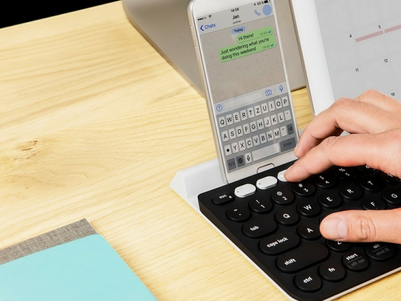 Logitech Tastatur umschalten Logitech k780 Feiz Design Studio