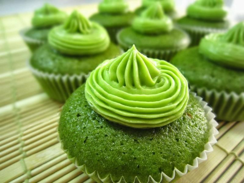 Matcha Tee Wirkung gesunde Ernährung Tipps Matcha Törtchen zubereiten