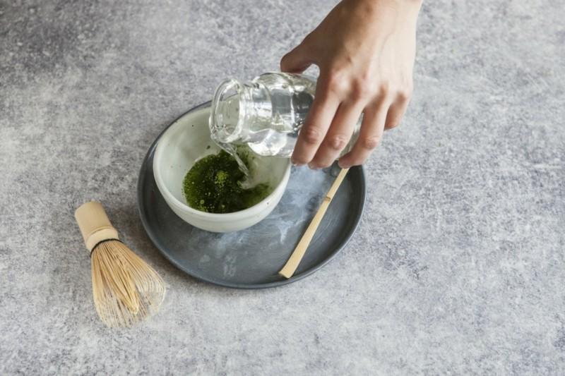 Matcha Tee kaufe und zubereiten gesunde Ernährung Tipps