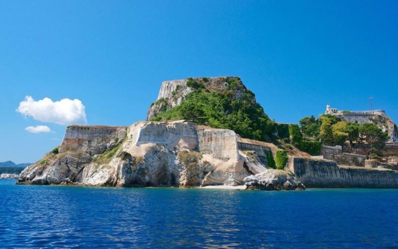 Nach Korfu reisen Insel Korfu Griechenland Felsen