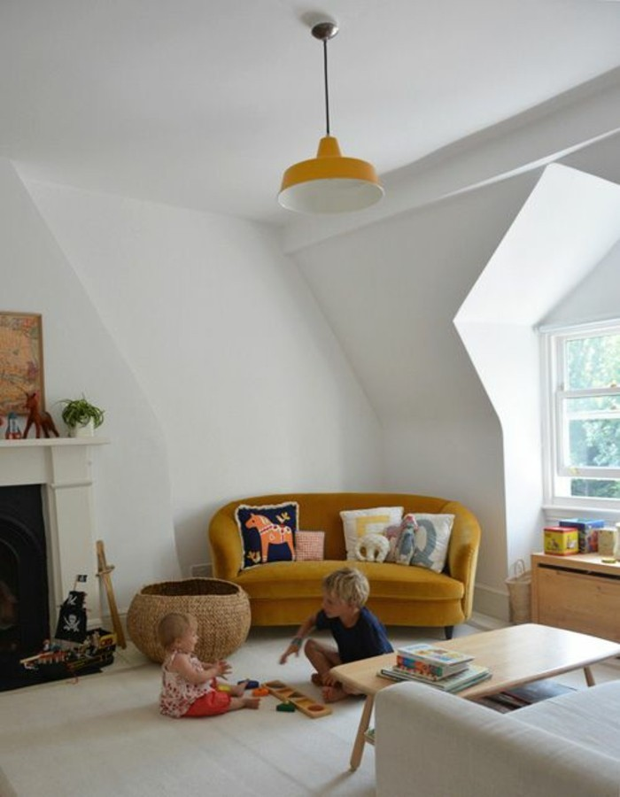 Sofa Kinderzimmer gestalten Kinderzimmer Möbel Couch gelb