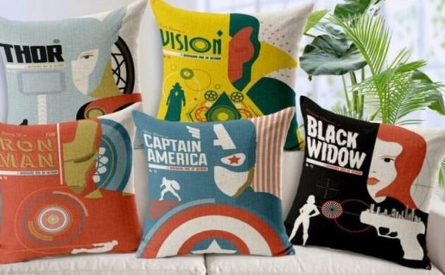Superhelden-Wohnaccessoires-Deko-Ideen-für-echte-Fans-Sofa-Kissen