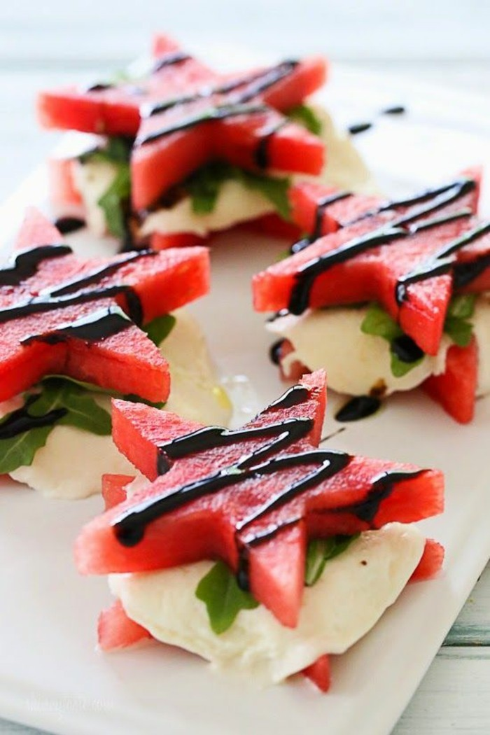 Wassermelone Diät Häppchen gesunde Ernährung Wassermelone mit Mozzarella