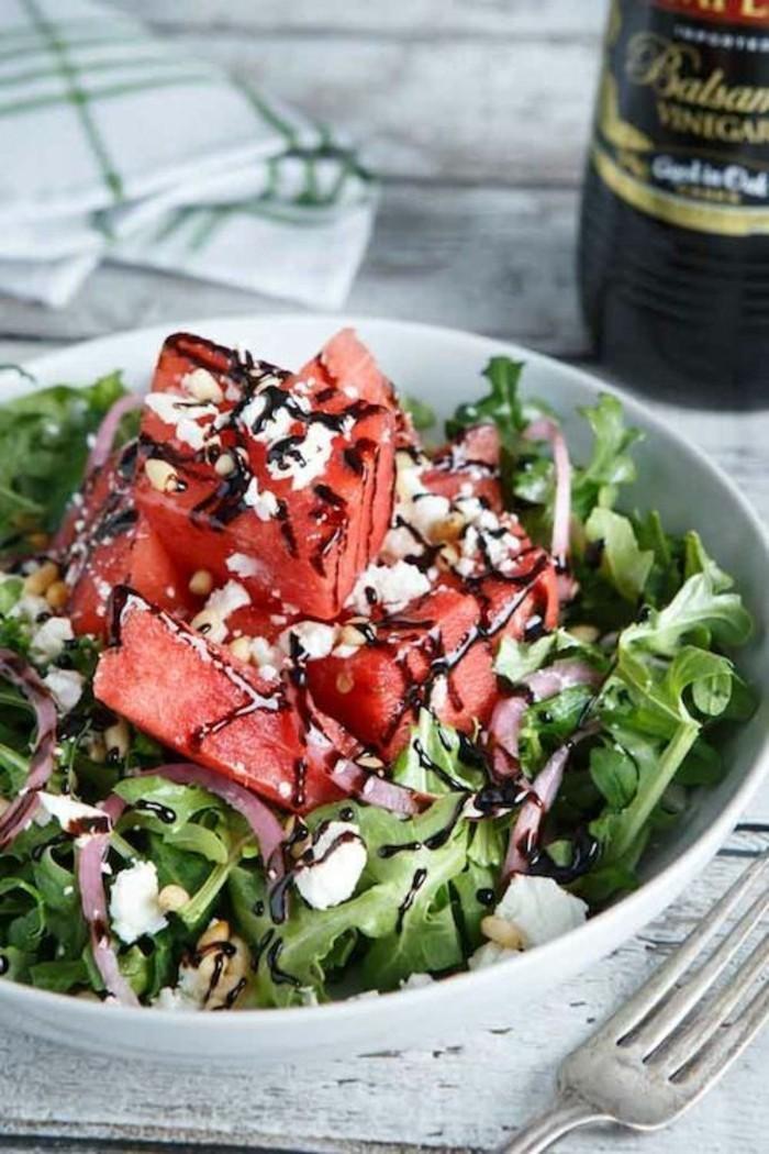 Wassermelone Diät Sommer Früchte gesunde Ernährung frischer Salat