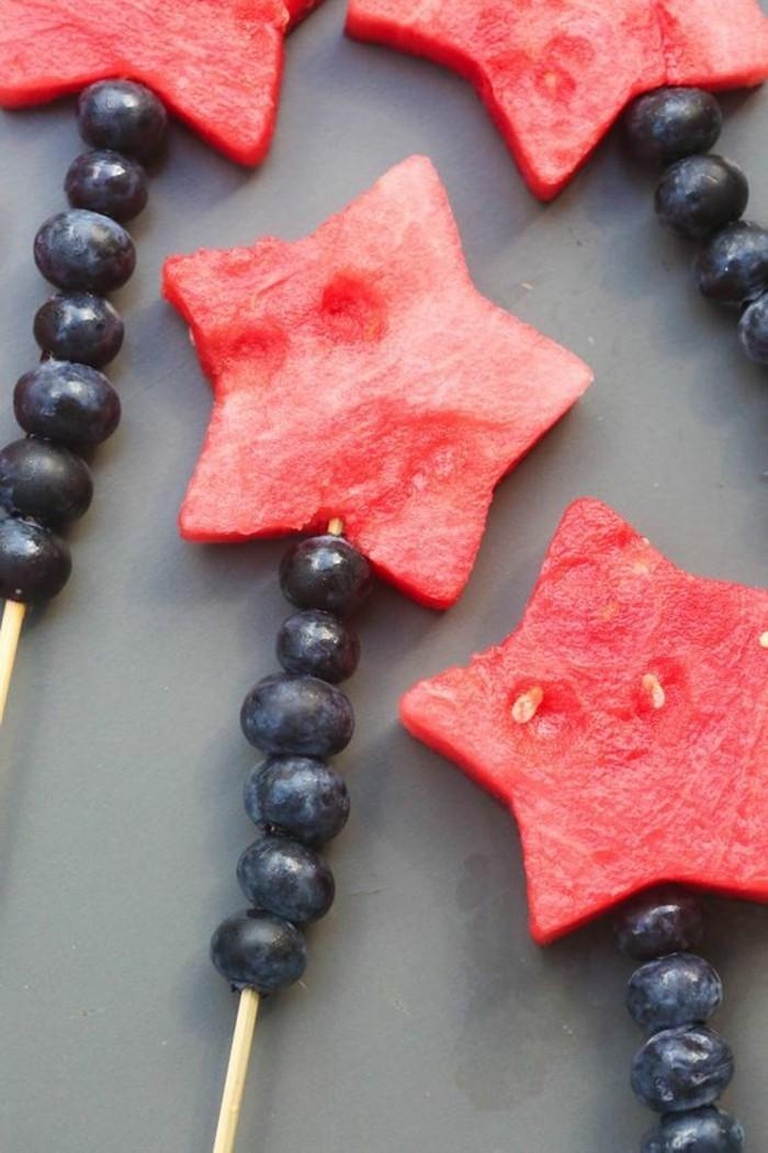Wassermelone Diät Sommer gesunde Ernährung Obst Spieße