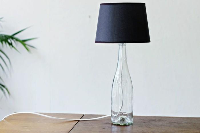 ausgefallene lampen diy gläserne flasche schlicht