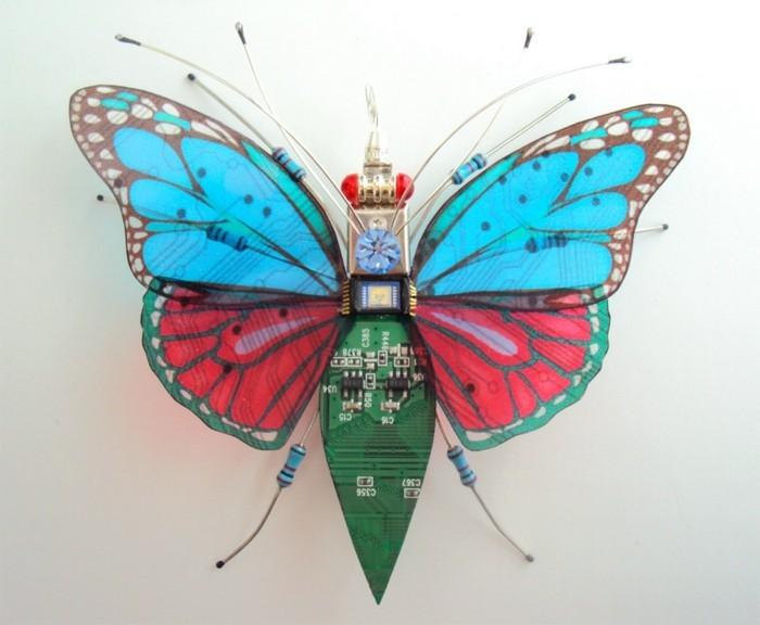 computerteile upcycling schmetterling kunst