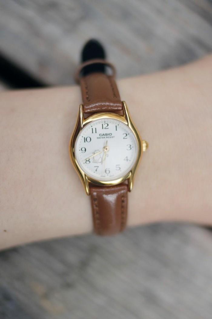 damenuhren Casio brauner armband