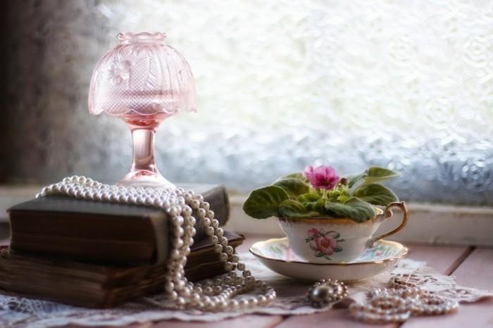 deko bücher vintage dekoideen perlen alte bücher