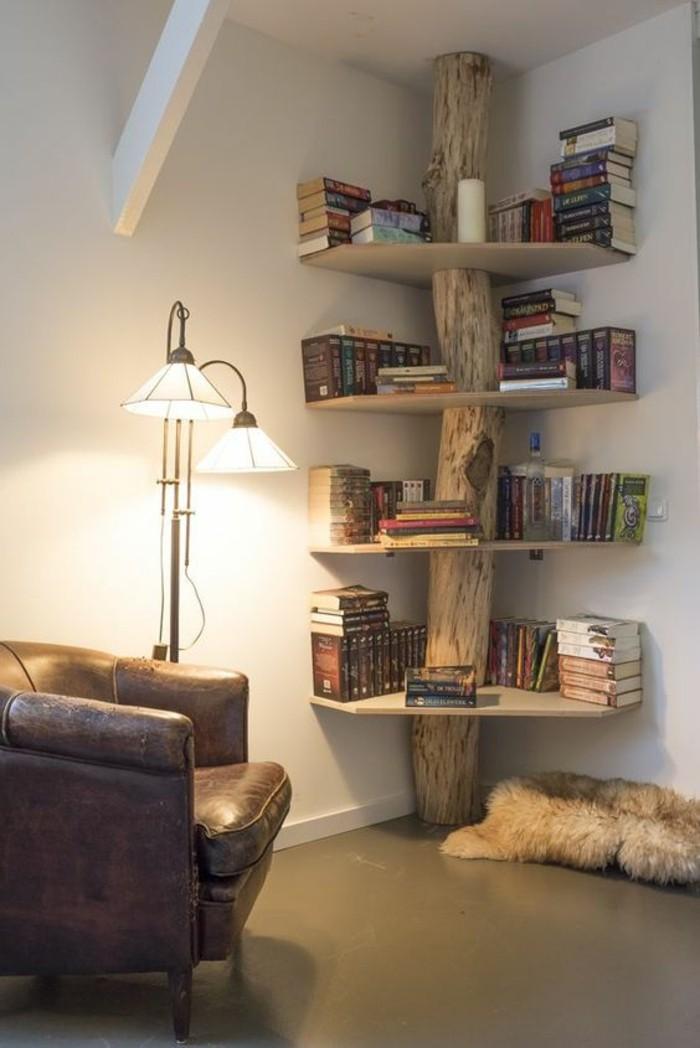 Deko Bücher Wohnideen Wohnzimmer Rustikale Regale Fell Daschräge Wohnung ...