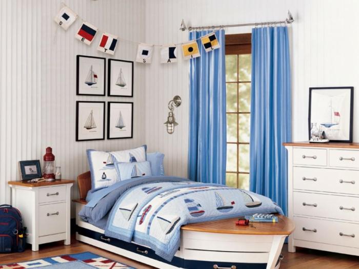 deko ideen kinderzimmer jungen blaue gardinen weiße wände