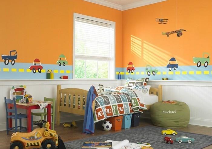 deko ideen kinderzimmer orange wände spielzeuge jungenzimmer