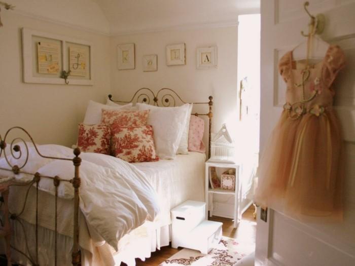 deko ideen schlafzimmer wanddeko dekokissen kinderzimmer