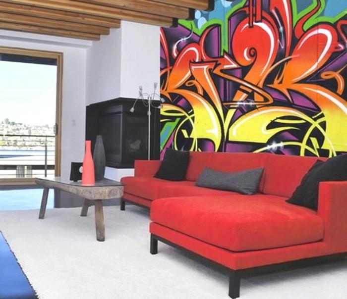 dekoideen wohnzimmer graffiti rotes sofa weißer teppich