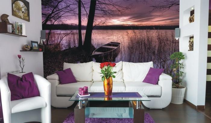 dekoideen wohnzimmer schöne wandtapete lila dekokissen weiße möbel