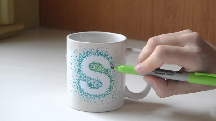 DIY Geschenke diy ideen geschnkideen -parsönliche geschenke persönlicher glitzer becher buchstabe