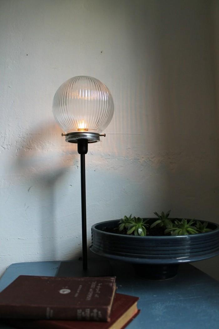 30 diy lampe ideen f r ungew hnliche beleuchtung zu hause. Black Bedroom Furniture Sets. Home Design Ideas