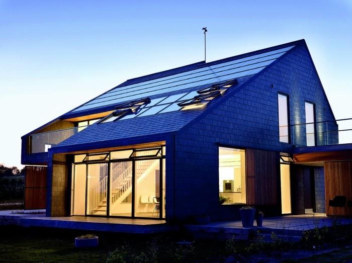 energieeffizienz nachhaltig leben haus bauen nachts