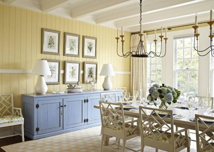 esszimmer landhausstil gelbe wände hellblaue kommode