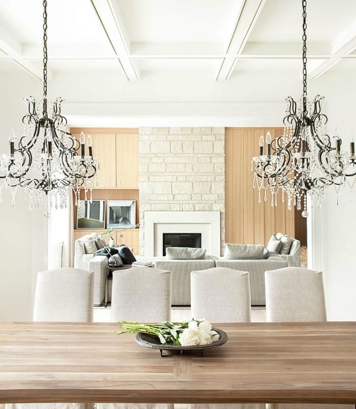 esszimmer landhausstil holztisch kronleuchter elegante stühle