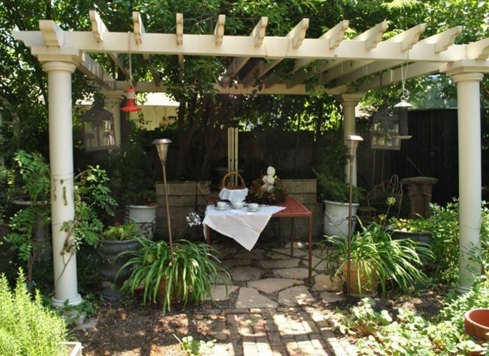 garten überdachung pergola pflanzen schatten