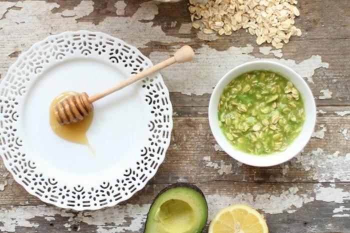 gesichtsmasken rezept diy hautpflege avocado haferflocken honig