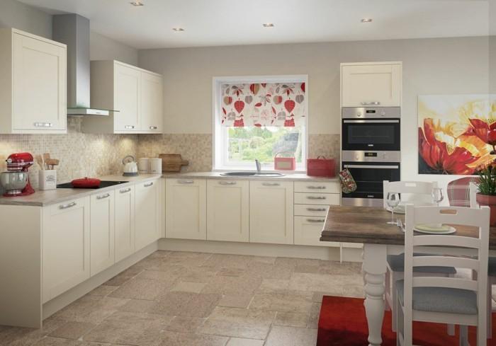 küche streichen cremefarbene küchenschränke und mosaikfliesen