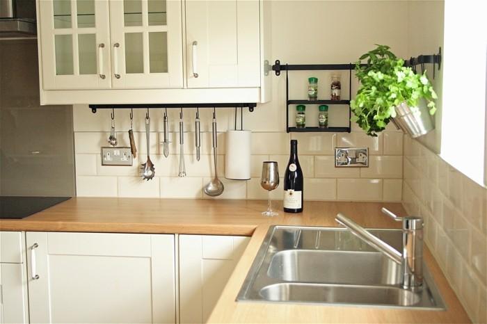 küche streichen creme küchenschränke wandfliesen