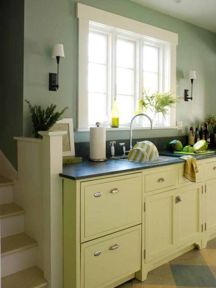 küche streichen küchenschränke in creme machen die küche behaglich