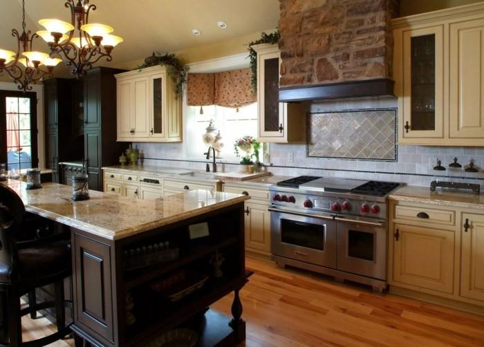 küche streichen küchenschränke in cremesind eine elegante lösung für die küche