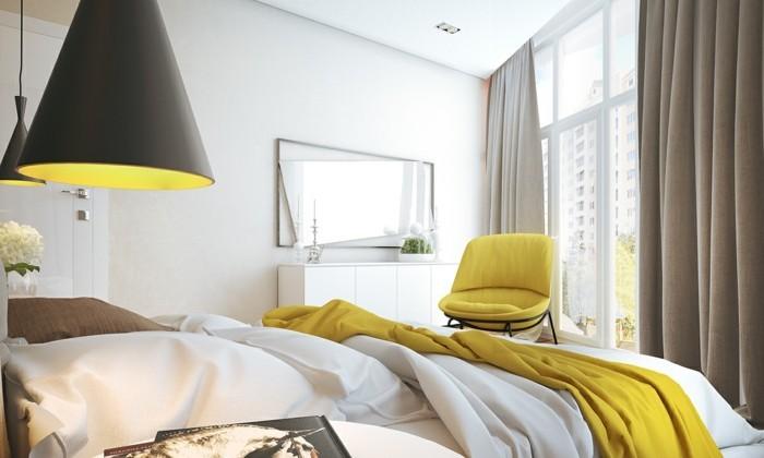 lampe schlafzimmer gelbe akzente weiße wände wandspiegel