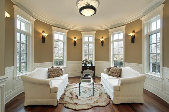 lampen wohnzimmer wandlampen beige wände cooler teppich