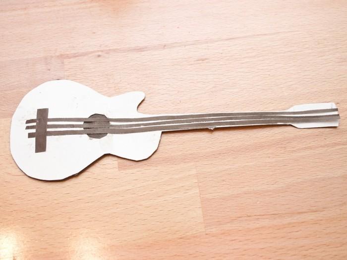 lesezeichen basteln papier gitarre kreatives basteln