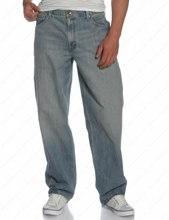 männermode herrenmode jeanshose weißes t shirt sportschuhe