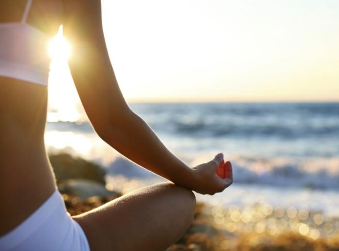 menschliche knochen lebe gesund gesunde knochen in der sonne liegen