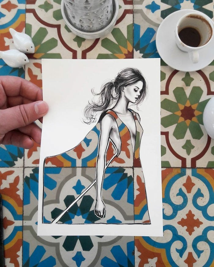 mode-zeichnen-skizzen-illustration-damenmode-bunte-fliesen