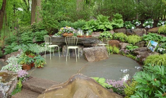 Natursteine im garten das material erweist sich als for Gartengestaltung mit natursteinen