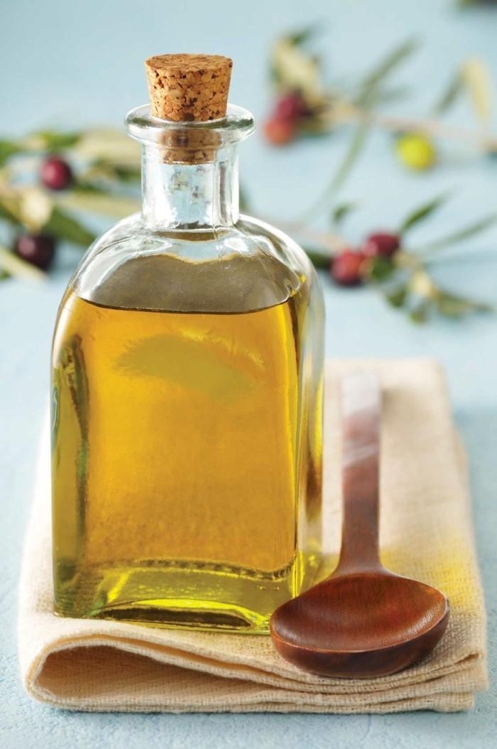 olivenöl gesund lebe gesund titel oliven holzlöffel