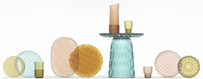 partygeschirr bunter kunststoff bunte teller gläser kannen