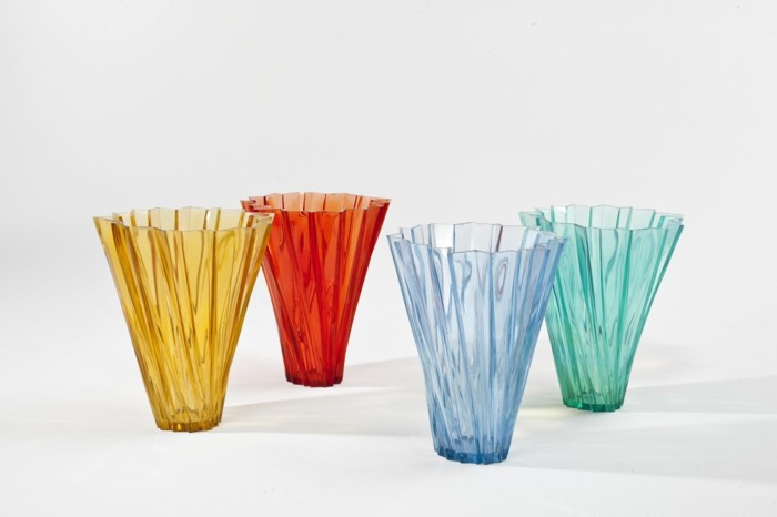 partygeschirr bunter kunststoff shanghai vase crystal kartell