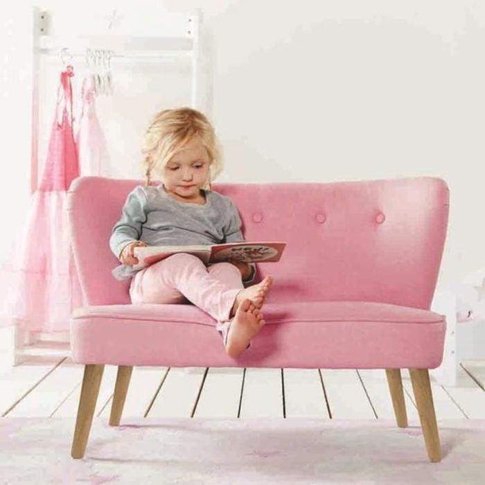 rosa Sofa Kinderzimmer gestalten Kinderzimmer Möbel