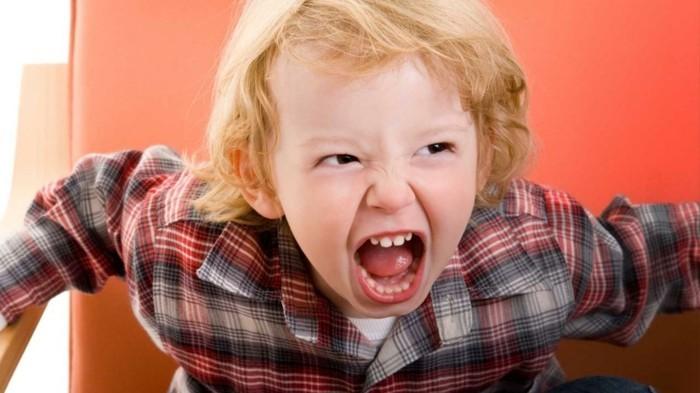 adhs symptome hyperaktiv kind buchstaben diagnose