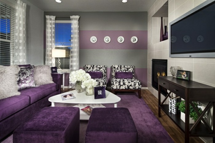 teppich kaufen lila wohnideen wohnzimmer weiße blumen stoffmuster
