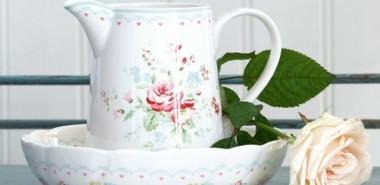 tischdeko-sommer-kollektion-greengate-porzellan-schale-kanne-weiße-rose