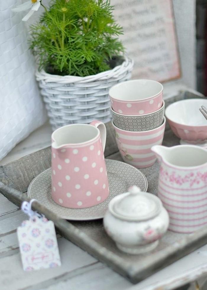 Sommerliche Tischdeko In Pastell