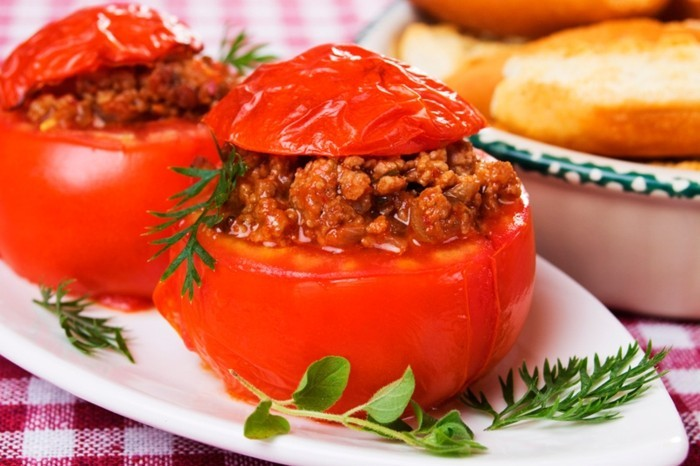 tomaten gesund gebacken hackfleisch soße oregano dill