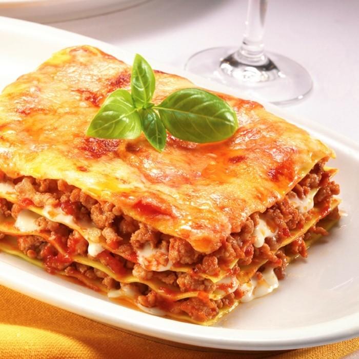 tomaten gesund lasagne basilikum hackfleisch tomatensoße