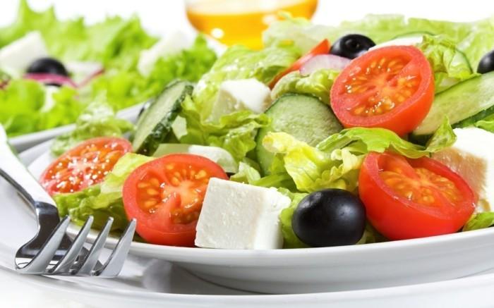 tomaten gesund tomaten gurken salat oliven fetakäse