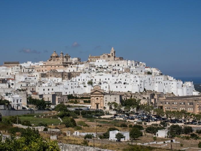 traumreisen italien ostuni puglia urlaub reisen